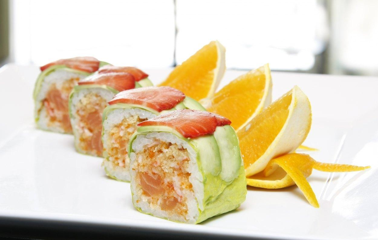Aiko Sushi - Best sushi and poke bowls for takeout and delivery in Montreal
