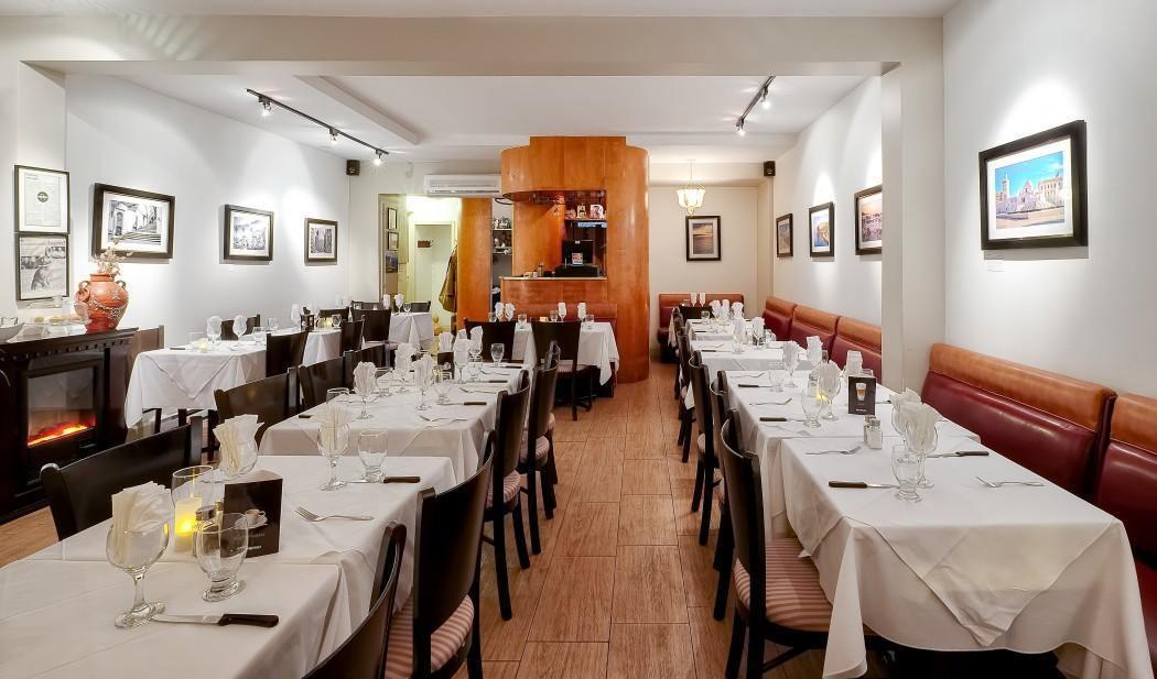 Au Coin Berbere Couscous Montreal - Le Plateau-Mont-Royal, Montreal - Couscous Cuisine Restaurant