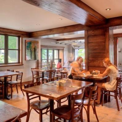 Au P'tit Cochon Santé Restaurant Photo