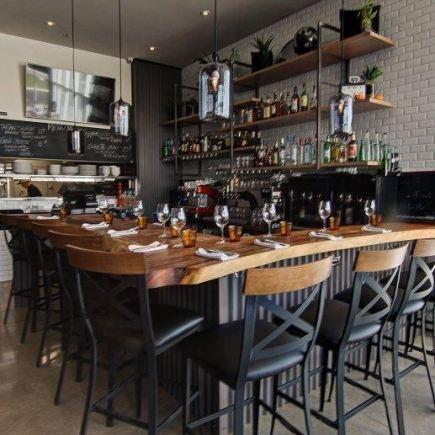 Bistro St-Charles Restaurant RestoMontreal