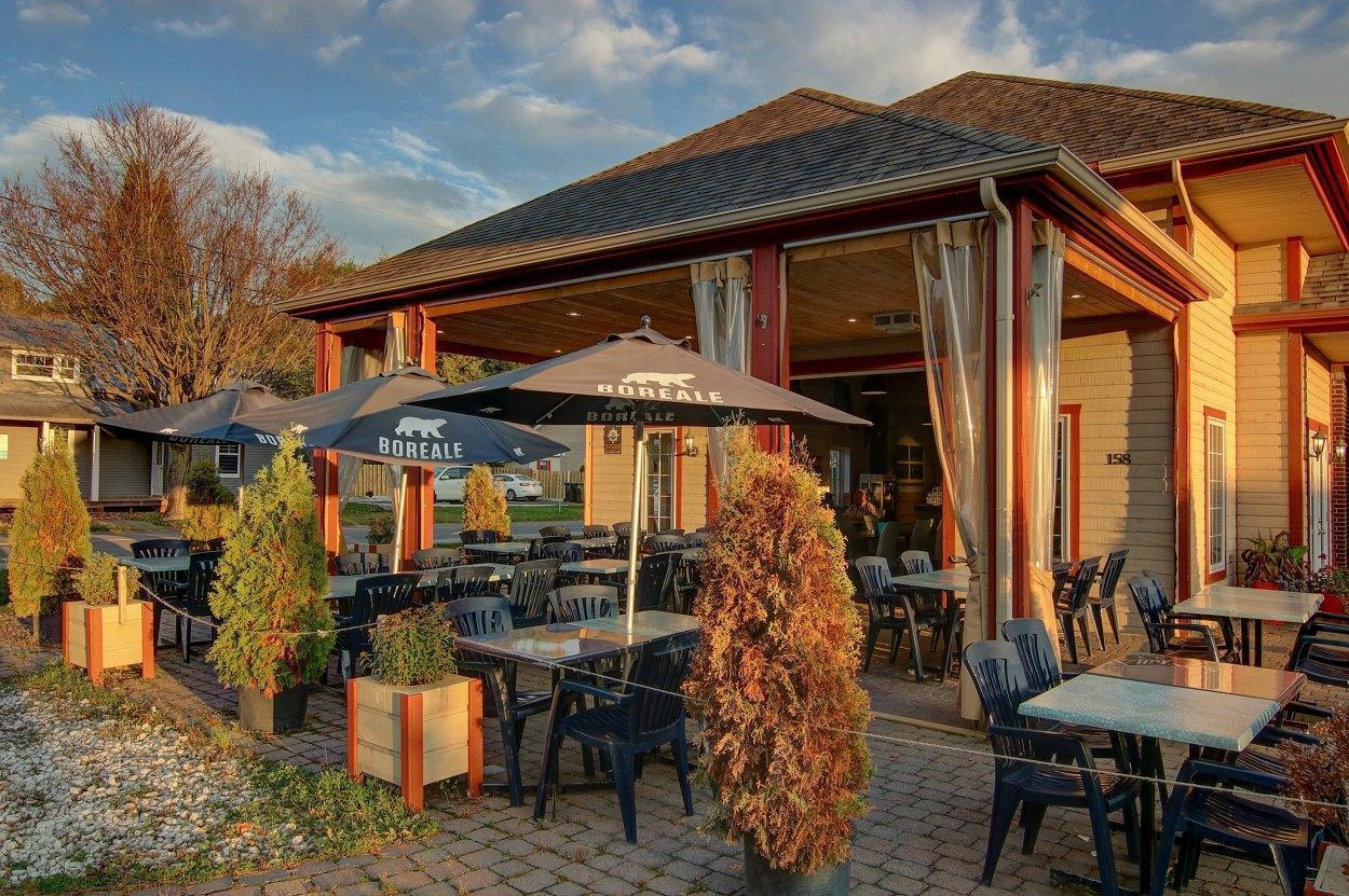 Crabtree Pizzéria - Saint-Sauveur, Laurentians (North Shore) - Pizza Cuisine Restaurant