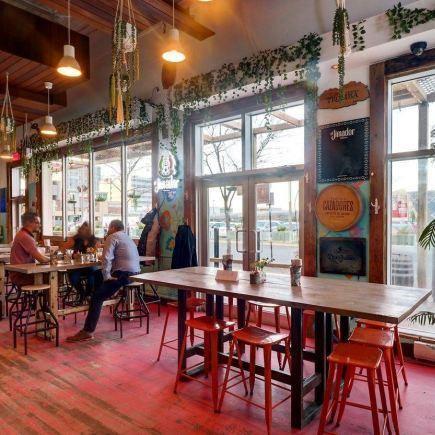 Dirty D (Dive bar) Restaurant RestoMontreal