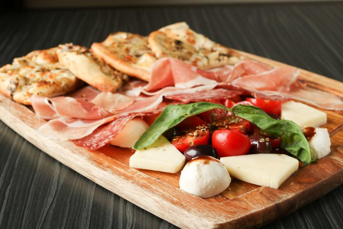 Elio Pizzeria - Rosemont-La Petite-Patrie, Montreal - Italian Cuisine Restaurant