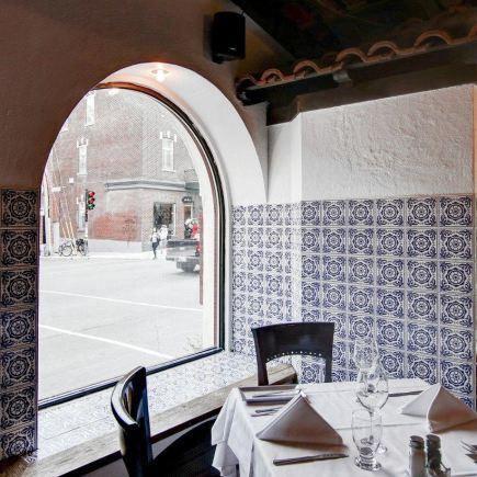 L'étoile de L'Océan Restaurant RestoMontreal