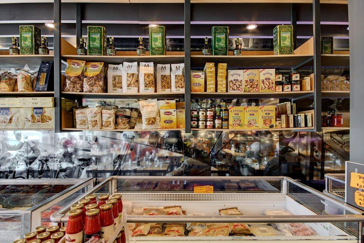La Grotte des Fromages - Anjou-St-Léonard, Montreal - Sandwiches Cuisine Restaurant