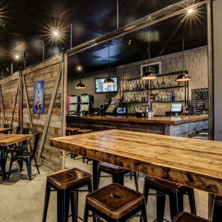 Le Poutine Bar Restaurant RestoMontreal