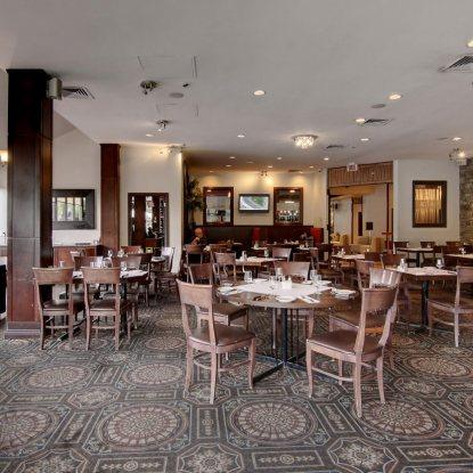 Le Toit Rouge Restaurant RestoMontreal