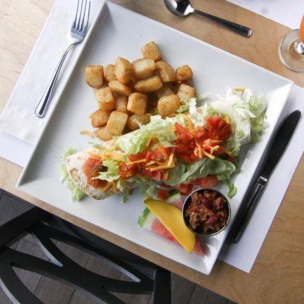 l'Oeuficiel Restaurant RestoMontreal