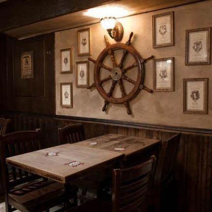McKibbins Irish Pub Restaurant Photo