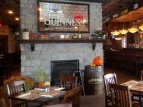 Restaurant McKibbins Irish Pub