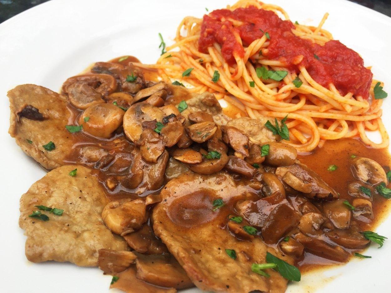 Napoli Pizzeria - Latin Quarter, Montreal - Italian Cuisine Restaurant