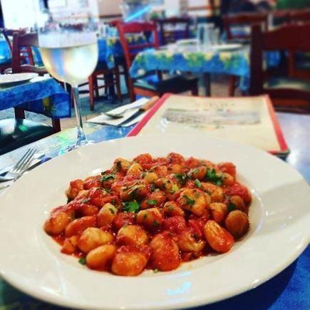 Napoli Pizzeria Restaurant RestoMontreal