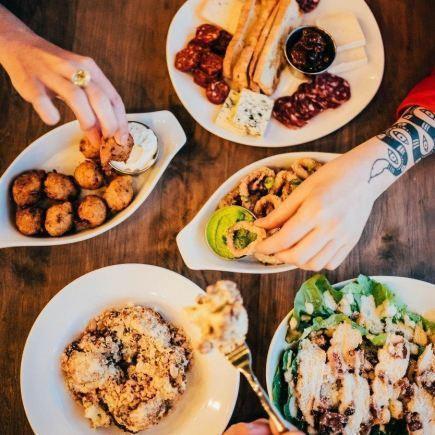 Randolph Pub Ludique Centropolis Restaurant RestoMontreal