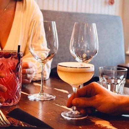 Saint-Laurent Café Bistro Restaurant RestoMontreal