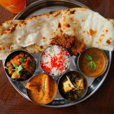 Sandhu Restaurant RestoMontreal