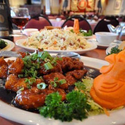 Photo 10 - Tong Por Restaurant