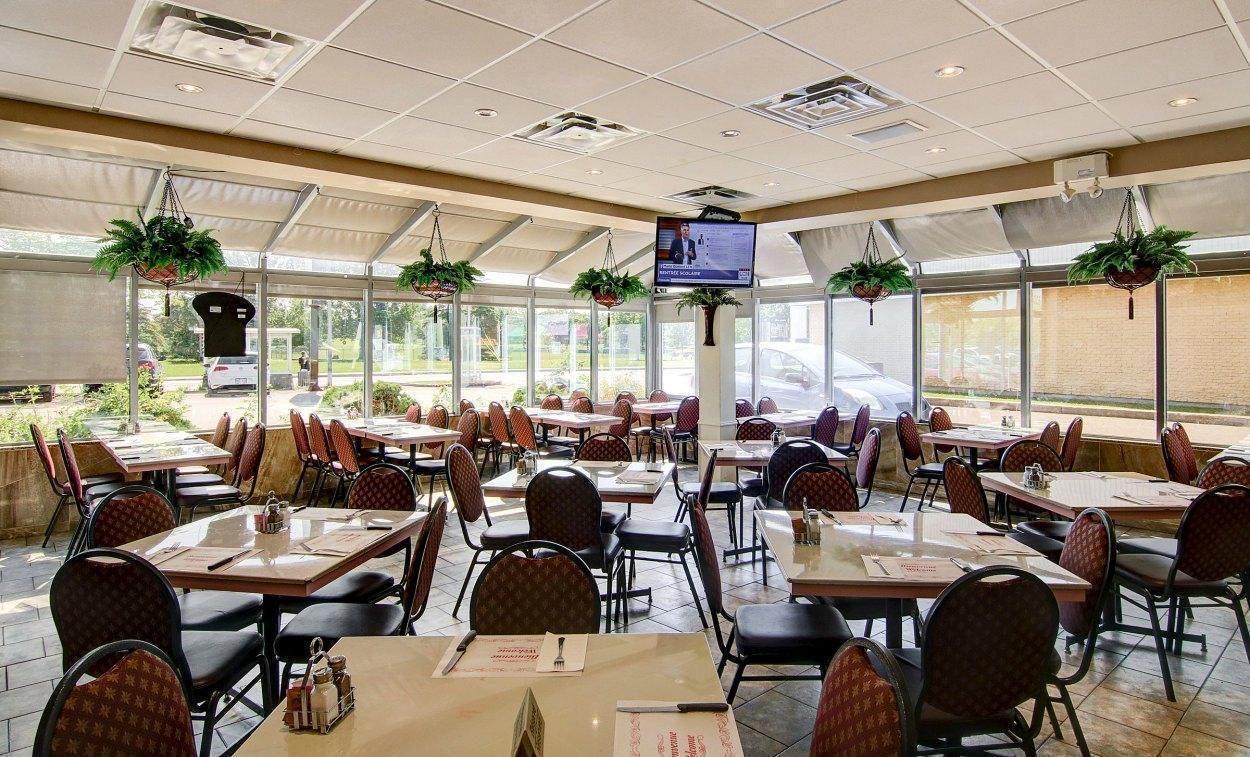Vincent Ristorante & Pasteria - Anjou-St-Léonard, Montreal - Pizza Cuisine Restaurant