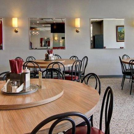 Wing Phat Restaurant Photo
